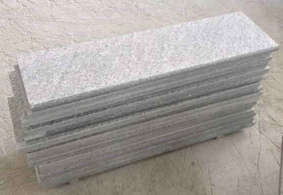 Correnti in marmo carrara cm 25 sp 2 cm 1 gocciolatoio de rosa srl